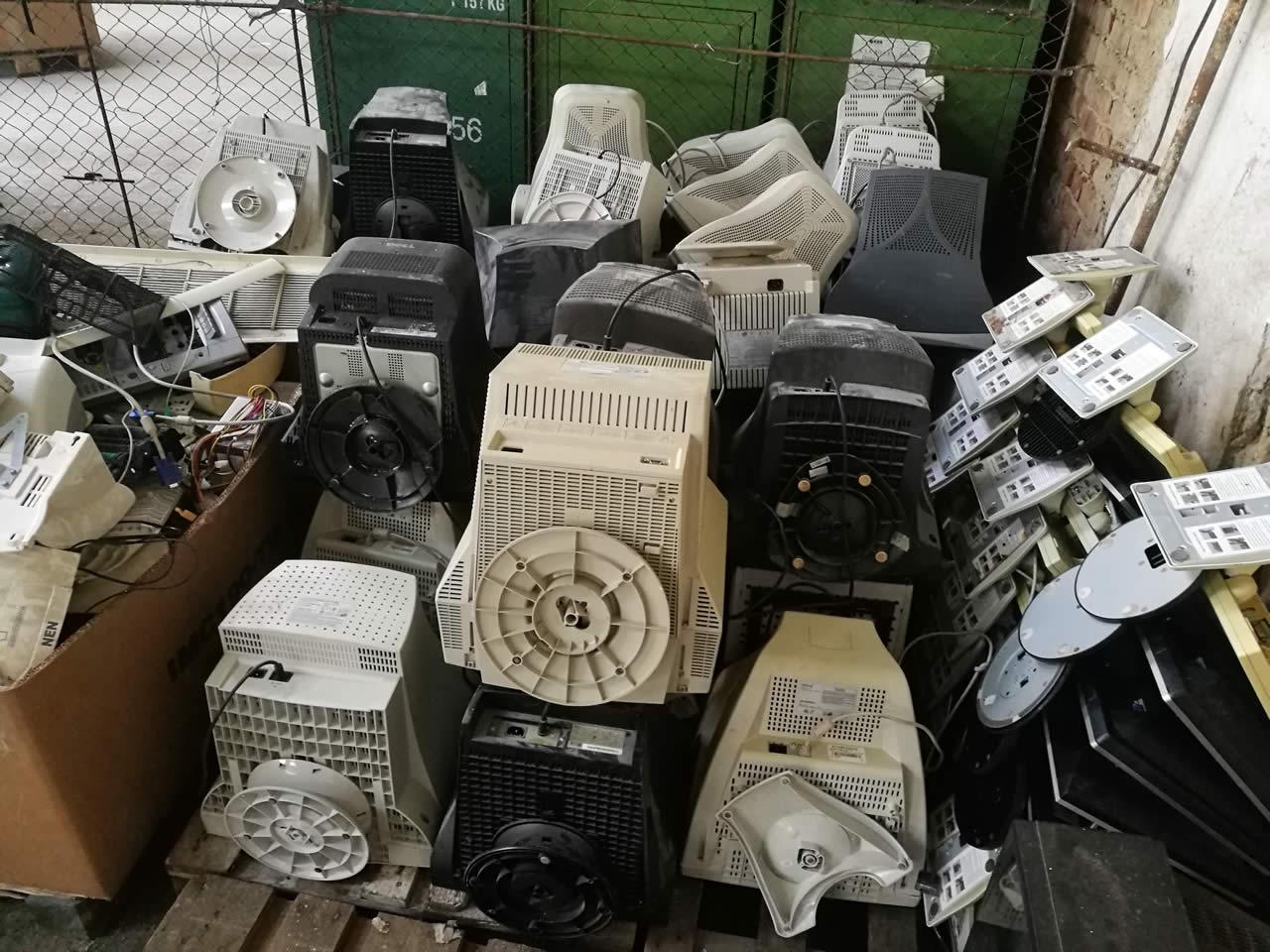 Solutii de reciclare deseuri - Craiova, Targu Jiu, Turceni - colectare - valorificare - protectia mediului (8)