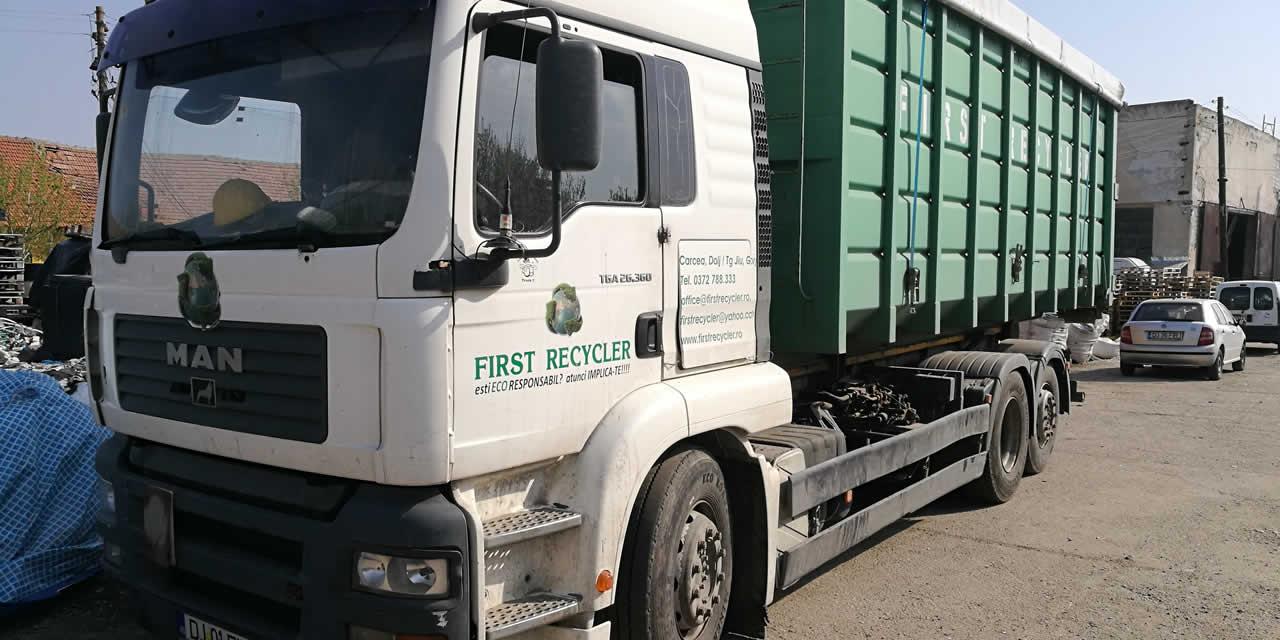 despre First Recycler 01 - Solutii de reciclare deseuri - servicii managementul deseurilor